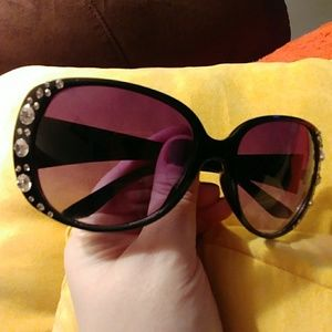 Black Rhinestone Framed Sunglasses